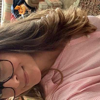 Mi chiamo Elena e sto cercando un lavoro come babysitter a Torino, Beinasco - Prontotata.it