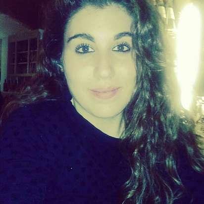 Mi chiamo Alessia e sto cercando un lavoro come babysitter a Torino, Venaria Reale - Prontotata.it