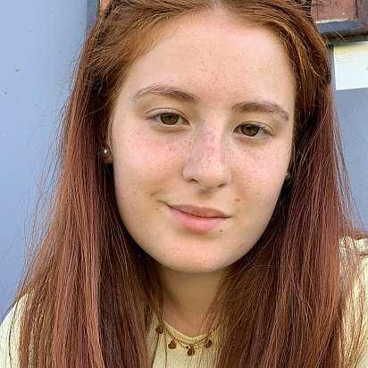 Mi chiamo Sara e sto cercando un lavoro come babysitter a Brescia, Desenzano del Garda - Prontotata.it